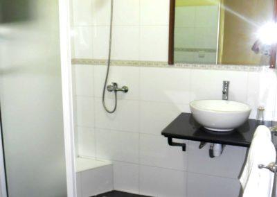 Toilette chambre de l'Hôtel La Véranda